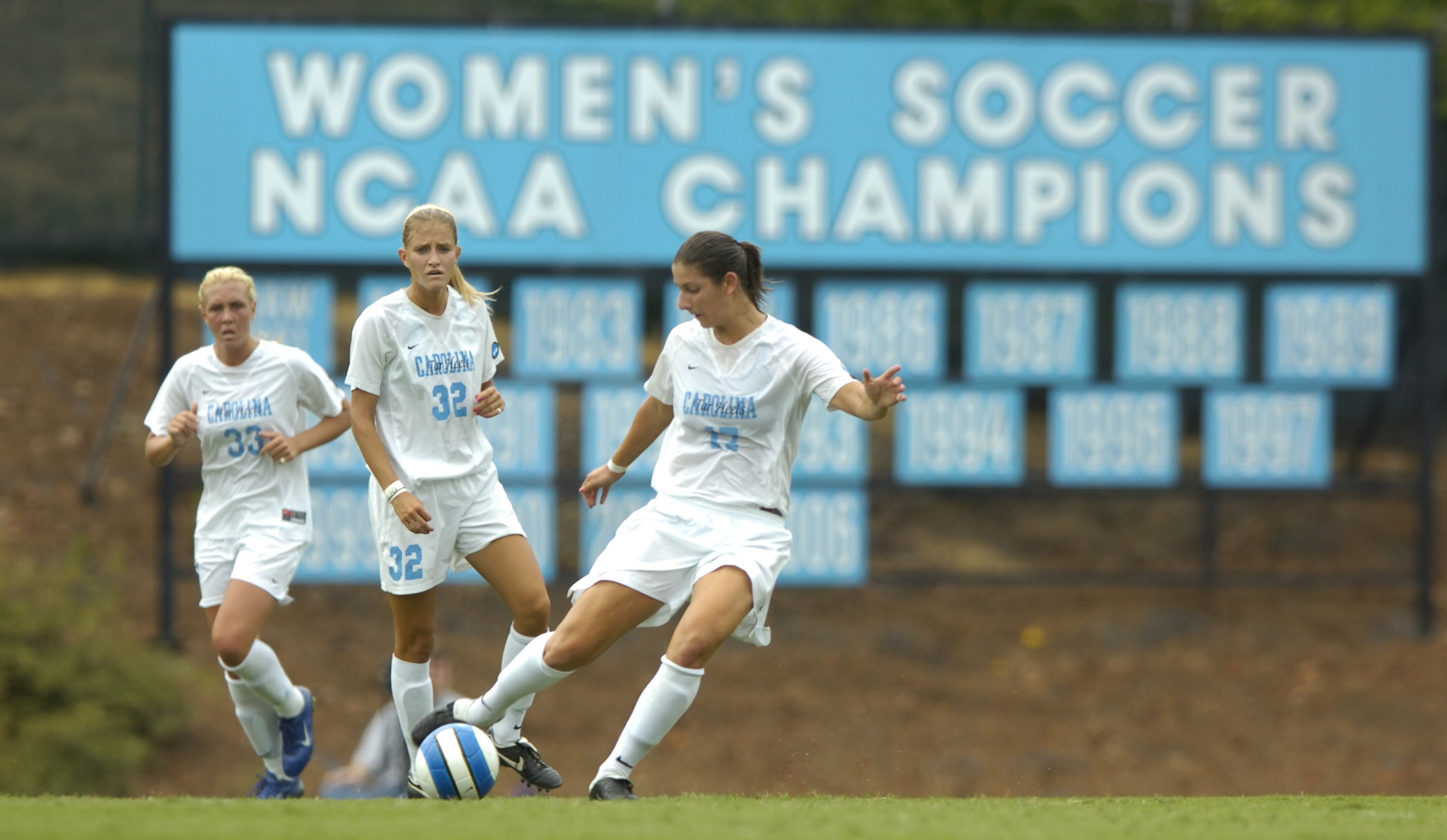 University of North Carolina Women's Soccer v South Carolina UNC lost 1-0 Fetzer Field Chapel Hill, NC Saturday, September 1, 2007 Jeffrey A. Camarati